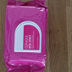 Clinique pep-start cleansing wipes